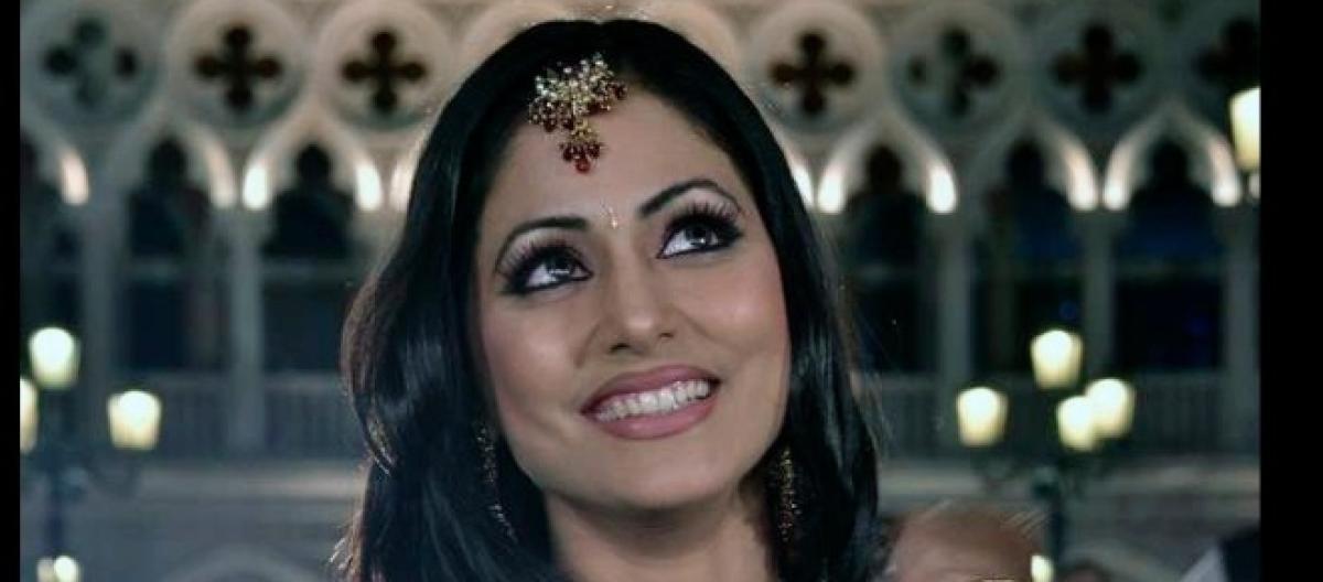 Yeh Rishta Kya Kehlata Hai - Karthik and Naira recreate Bollywood's