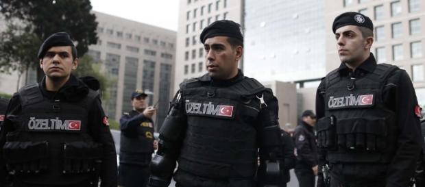 Bericht: Türkei sucht mutmaßliche IS-Kämpferinnen aus Deutschland ... - merkur.de