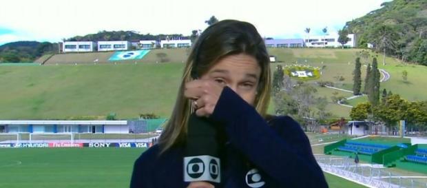 Fernanda Gentil se emocionou no Em Família