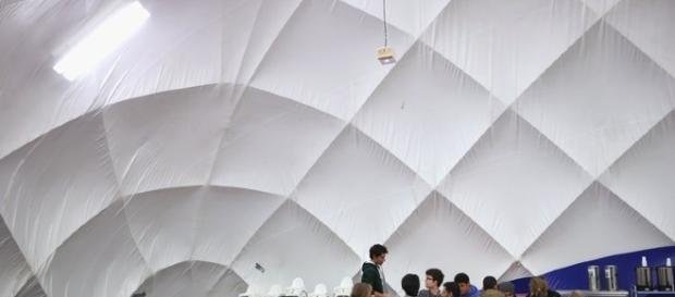 """immigrati a lezione di tedesco sotto la cupola del """"Ballon"""""""