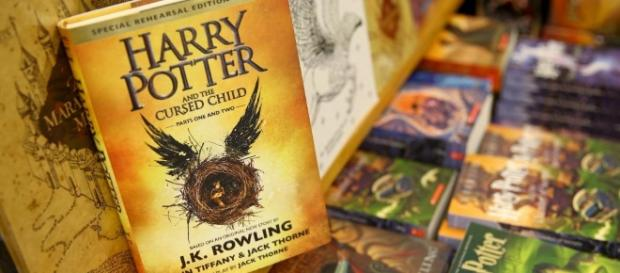 """Même en anglais, """"Harry Potter"""" domine les ventes de livres en France - francetvinfo.fr"""