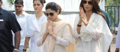 Akshay Kumar, Abhishek Bachchan, Salim Khan attend Shilpa Shetty's ... - ibtimes.co.in