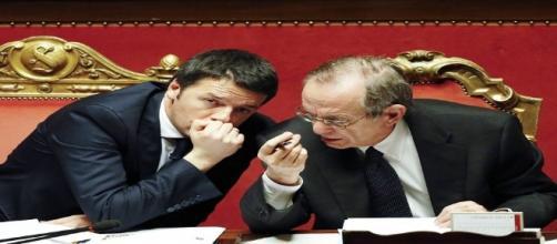 Matteo Renzi e Pier Carlo Padoan.