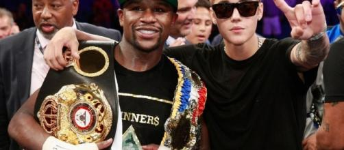 Top 10 Reasons To Hate Floyd Mayweather - TheSportster - thesportster.com