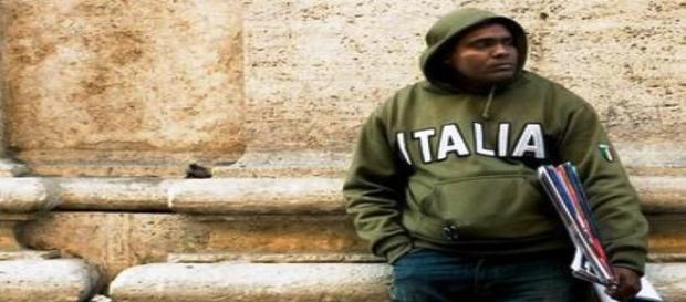 Gli immigrati che lavorano producono ricchezza in Italia.