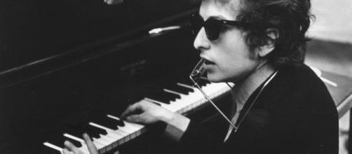 Bob Dylan vince il Premio Nobel per la Letteratura 2016