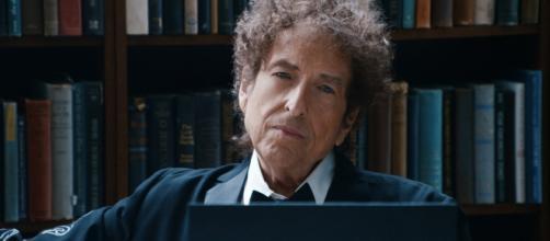Prêmio Nobel da Literatura de 2016 é dado Bob Dylan