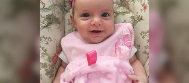 A pequena Lynlee Boemer passa bem após cirurgias