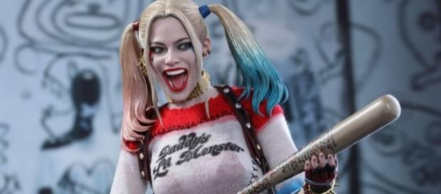 DC Comics Harley Quinn Sixth Scale Figure by Hot Toys | Sideshow ... - sideshowtoy.com