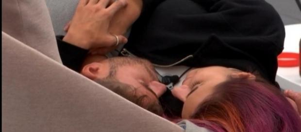 GH17: ¡Bea y Rodrigo, noche de amor en el Apartamento!