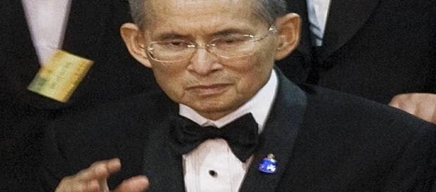 Il re della Thailandia è morto