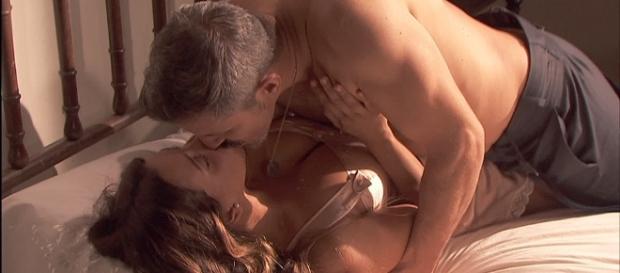 Il Segreto, puntate 1173-1174: Alfonso e Emilia fanno l'amore