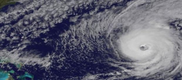 Olho do furacão Nicole (Foto: Nasa)