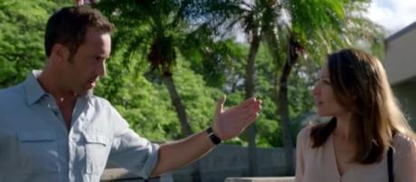 "Steve McGarrett and Alicia in ""Hawaii Five-0""/Photo via screencap, ""Hawaii Five-0"""