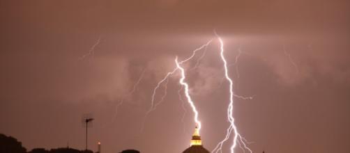 Allerta Meteo: altri forti temporali in arrivo, ancora 48 ore di maltempo.