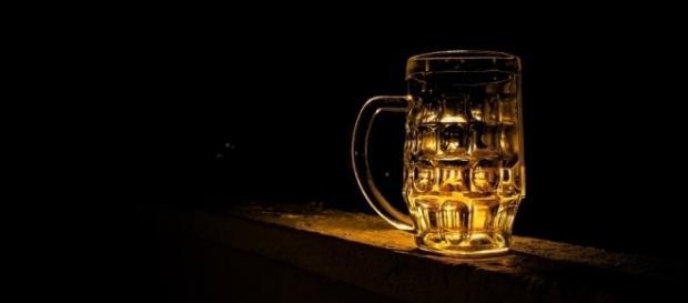 Marca de cerveja tenta quebras tabus