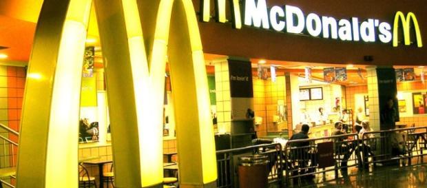 McDonald's: un locale in Vaticano.