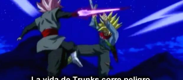 Trunks se enfrenta contra Black