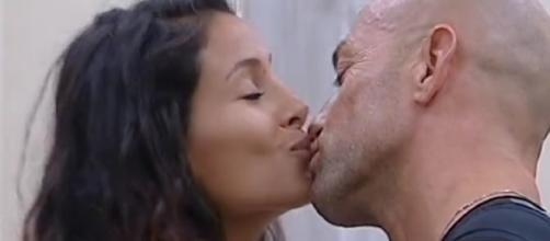 Grande Fratello Vip: Mariana Rodriguez e Bosco scherzano su Bettarini