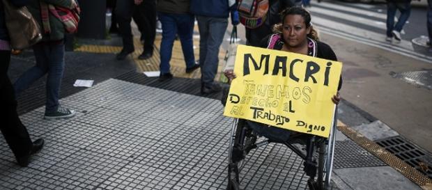 Buenos Aires, capital da Argentina, reúne protesto de trabalhadores