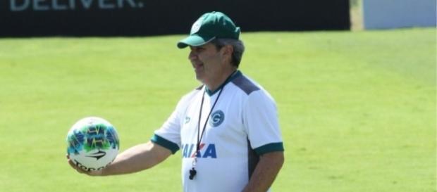 Goiás x Vila Nova: assista o jogo ao vivo