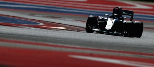 Hamilton gana la Pole para el GP de los EE.UU. - com.co