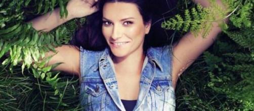 Laura Pausini: 'Simili', tracklist del nuovo album | melty - melty.it