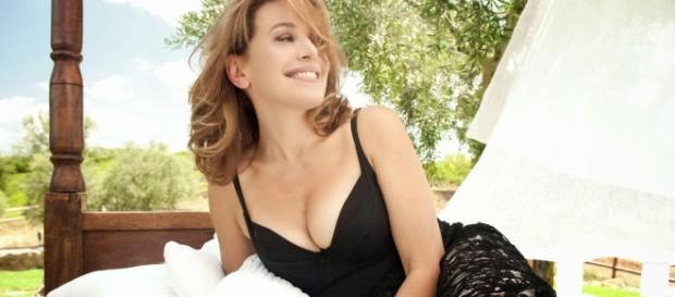 Barbara d'Urso gaffe in diretta tv con Bocelli