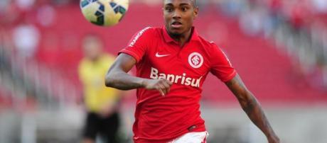 Vitinho pode trocar o Inter pelo Flamengo - sportv4.com