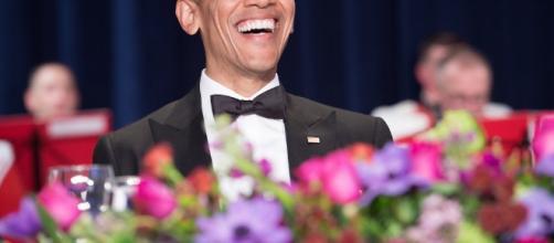 Barack Obama e il saluto alla stampa con tanto di mic drop | Foto ... - polisblog.it