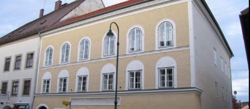 L'Austria vuole demolire la casa di Hitler, meta dei neonazisti ... - letteradonna.it