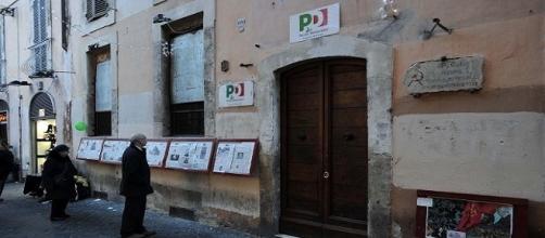 La sede PD di via dei Giubbonari in centro a Roma (foto: Fanpage)