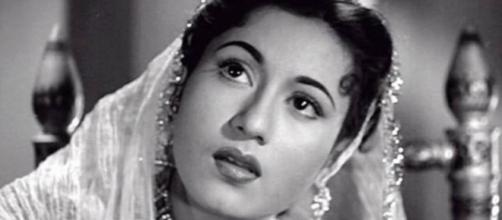Muslim female icons Madhu bala of Bollywood ...-com.pk