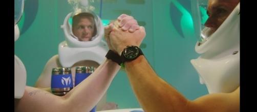 O anúncio de relógios tornou-se viral nas redes sociais
