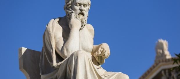 4 puntos para conocer el pensamiento filosófico de Sócrates ... - culturacolectiva.com