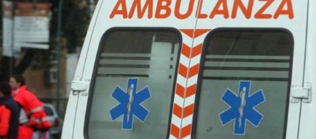 Due ambulanze sono arrivate sul luogo dell'incidente