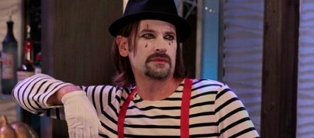 Franco is a creepy mime via ABC GH press release