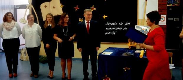 Nagrody dyrektora szkoły dla najbardziej zasłużonych nauczycieli