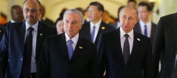 Presidentes Temer e Putin se encontram em reunião dos Brics, na Índia