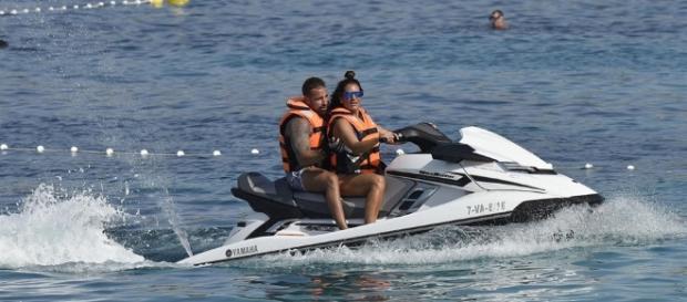 Raquel Bollo de vacaciones en Ibiza junto a Rafa Mora.