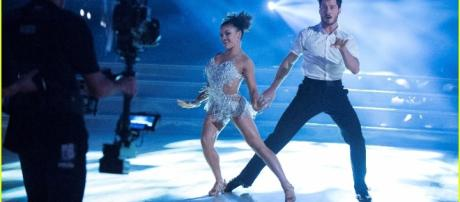 Laurie Hernandez Does the Cha Cha for 'DWTS' Fall 2016 ... - justjared.com