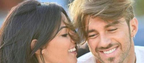 """Andrea Damante e Giulia DE Lellis sono finiti nel mirino del web che chiede l'eliminazione del ragazzo dal """"Grande Fratello Vip"""""""