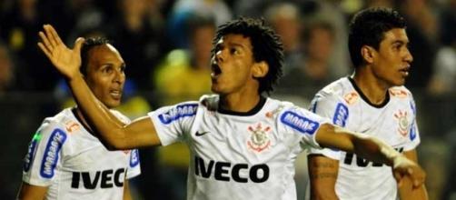 Campeão em 2012, jogador deseja retornar ao Corinthians