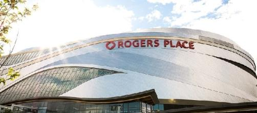 Rogers Place (credit: Alexcuccato/Wikimedia Commons)