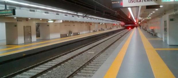 ATAC: porta della metro si stacca in corsa: 2 feriti, una terza persona in stato di shock