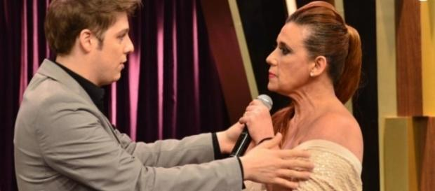 Fábio Porchat pede desculpas a Rita Cadillac em programa exibido nesta segunda-feira.