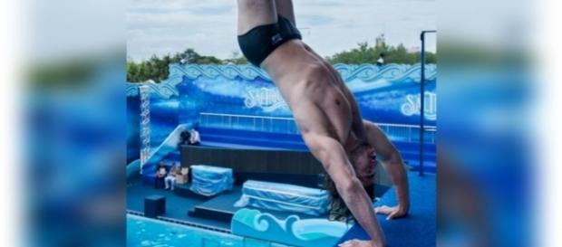 Mariano sofre acidente grave ao saltar no 'Saltibum'