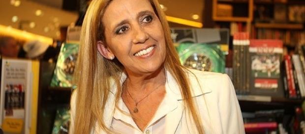 Rita Cadillac não esteve nem aí para a ideia do Porchat sobre a Sarjeta da Fama.