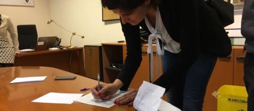 Chiara Appendino firma la petizione dei Radicali per legalizzazione cannabis