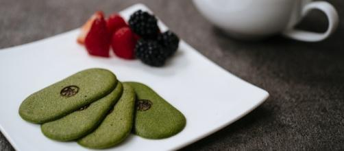 The Maru CHA CHA cookie is made with green tea. / Photo via Nicole Brief, Southard Inc. Used with permission.